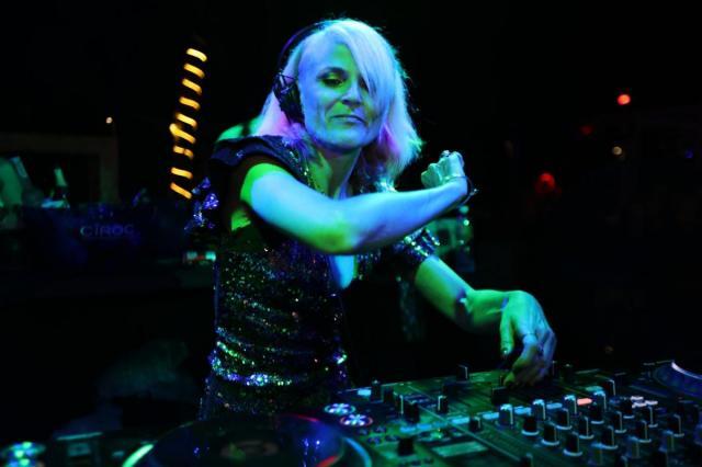 Зрителей фестиваля «Дикая Мята» ждет ночное шоу Faithless DJ Set