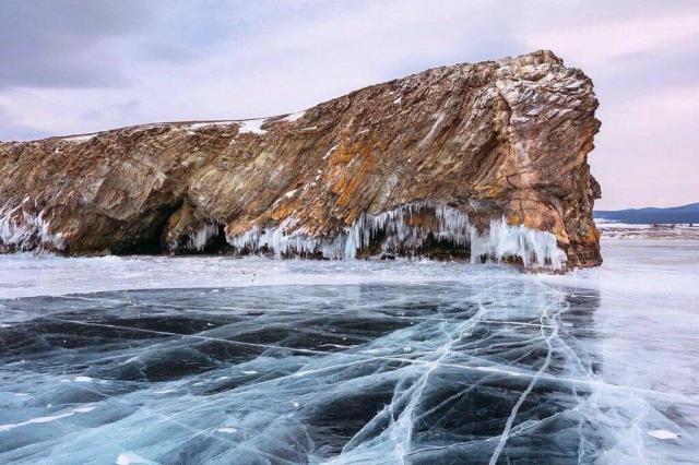 Летать на льду: новый клип на озере Байкал от группы «Летать!»