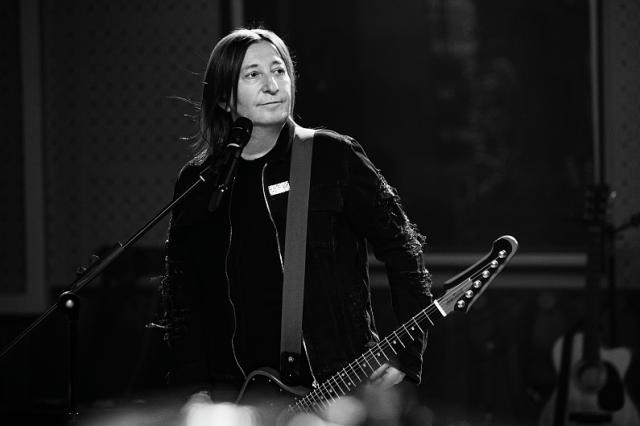 У супергруппы «Куртки Кобейна» вышел клип с участием барабанщика группы Nirvana Чеда Ченнинга