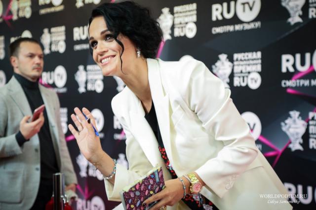 Певица Слава подарила дочери Mercedes-Benz GLA за пять миллионов рублей