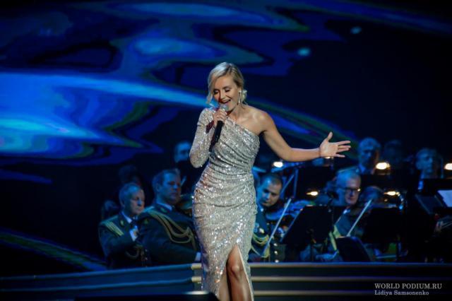 Концерт Полины Гагариной в «Руки Вверх! Бар»