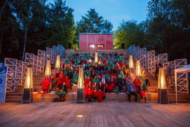 Открытие летних кинотеатров в парках Москвы