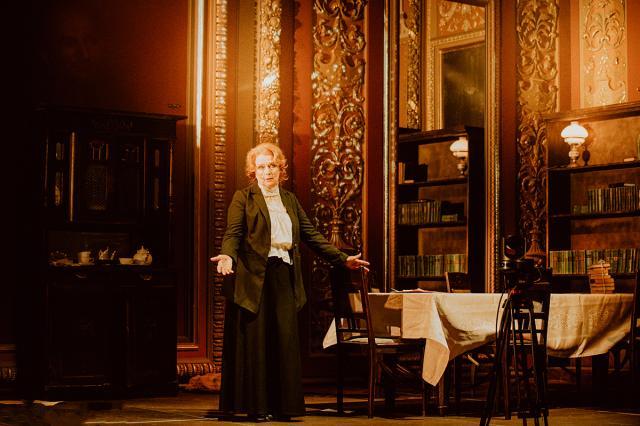 «Школа современной пьесы» - мой второй дом». Ирина Алферова отметит юбилей на сцене родного театра