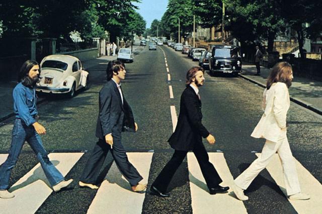 Неизвестные фотографии Beatles продадут с молотка