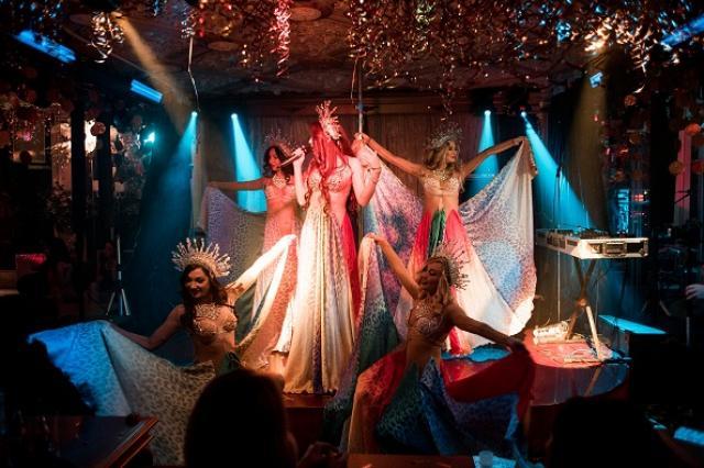 Кабаре Le Rouge отметил седьмой День Рождения шикарным костюмированным шоу