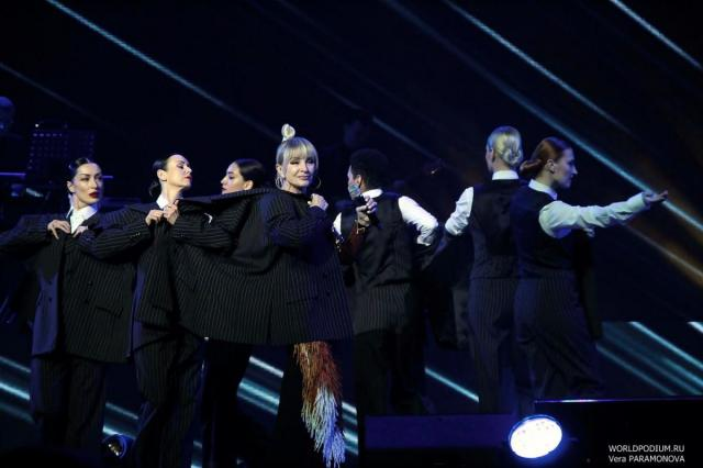 Финал конкурса Laima Voice пройдет онлайн в резиденции Лаймы Вайкуле