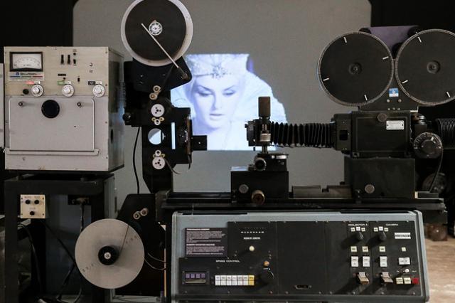 """""""Вам и не снилось..."""": на ВДНХ открылась выставка, посвященная профессиям в кинематографе"""