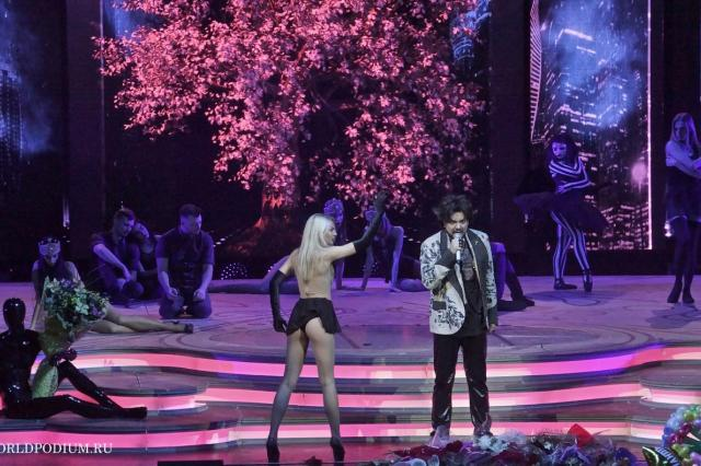 """Триумфальное шествие по стране шоу """"Я"""": Ташкент"""