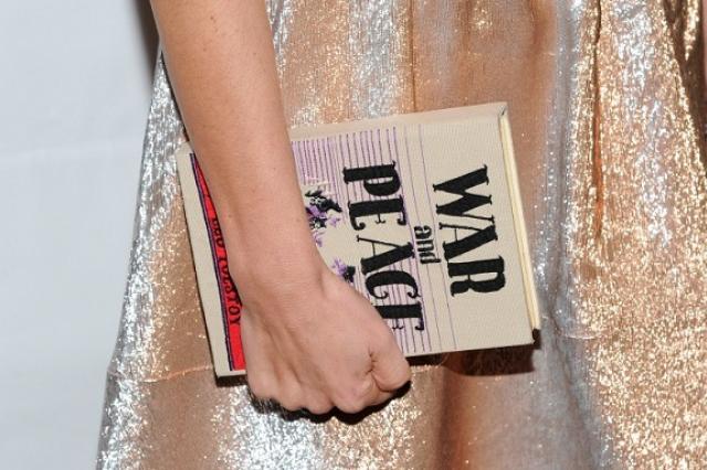 """Роман """"Война и мир"""" стал бестселлером в Великобритании после экранизации """"Би-би-си"""""""
