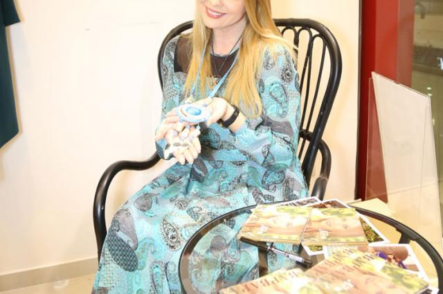 Певица Варвара подарила поклонникам свой новый альбом