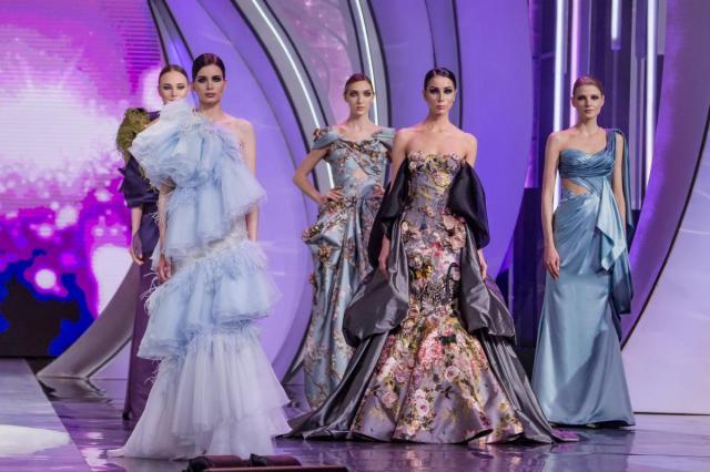 Праздничное шоу Валентина Юдашкина  - показ новой коллекции