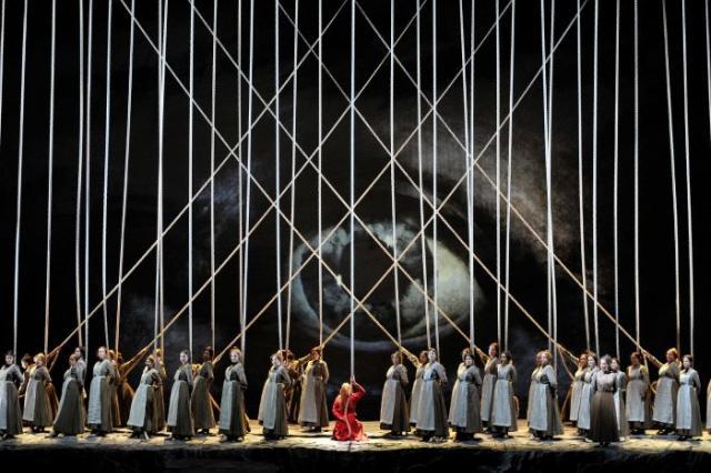 Метрополитен-опера готовит план выхода из кризиса
