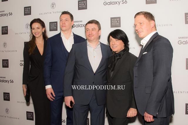 Валентин Юдашкин и Игорь Чапурин показали свои «Звёздные войны»