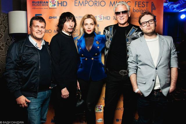 Владимир Пресняков инкогнито, а Александр Маршал в день рок-н-ролла пришли на Emporio Music Fest
