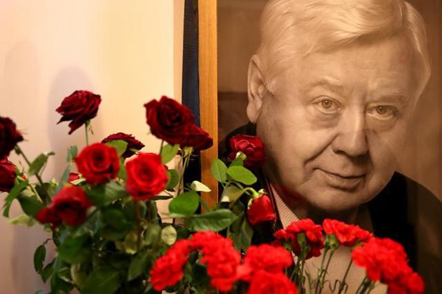 В Великобритании почтят память Олега Табакова