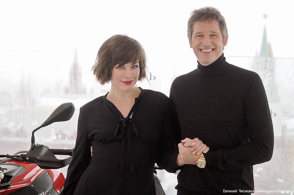 Милла Йовович и Пол Андерсон представили в Москве заключительную часть франшизы «Обитель зла. Последняя глава»