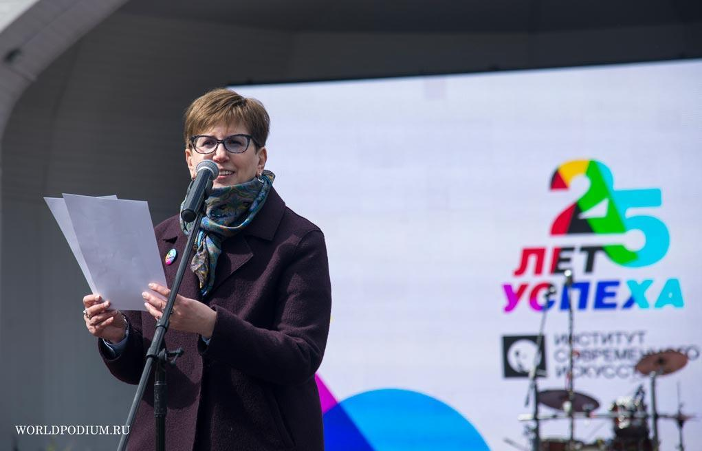 Ректор ИСИ Ирина Сухолет поделилась рекомендациями по самоизоляции и рассказала о конкурсе «Сидим дома»