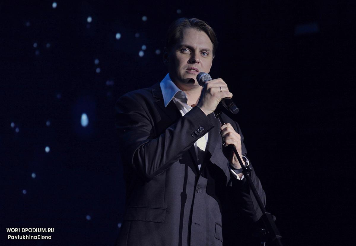 Космический концерт Ивана Ожогина «Роман с мюзиклом»: вдохновенная, волшебная, виртуозная и восхитительная Вселенная!