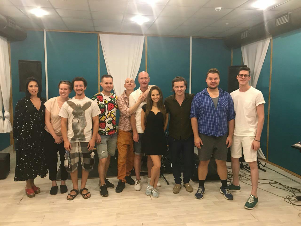Глеб Матвейчук представляет музыкально-драматический спектакль «Лабиринты сна»