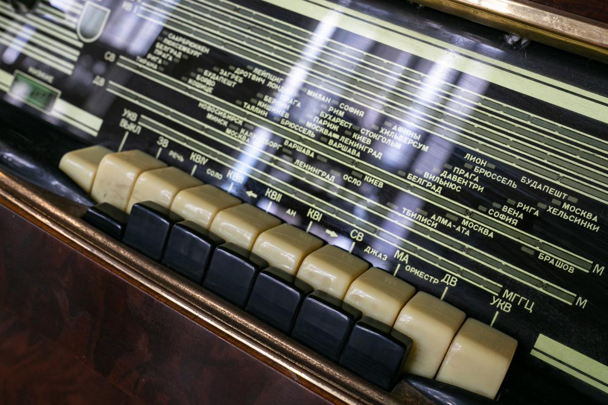 «За витриной»: на ВДНХ открылась выставка экспонатов 60–70-х годов