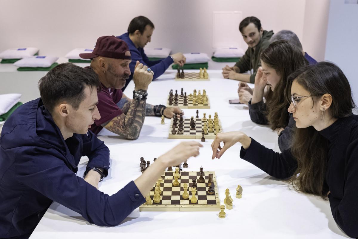 На ВДНХ впервые отметили Международный день шахмат