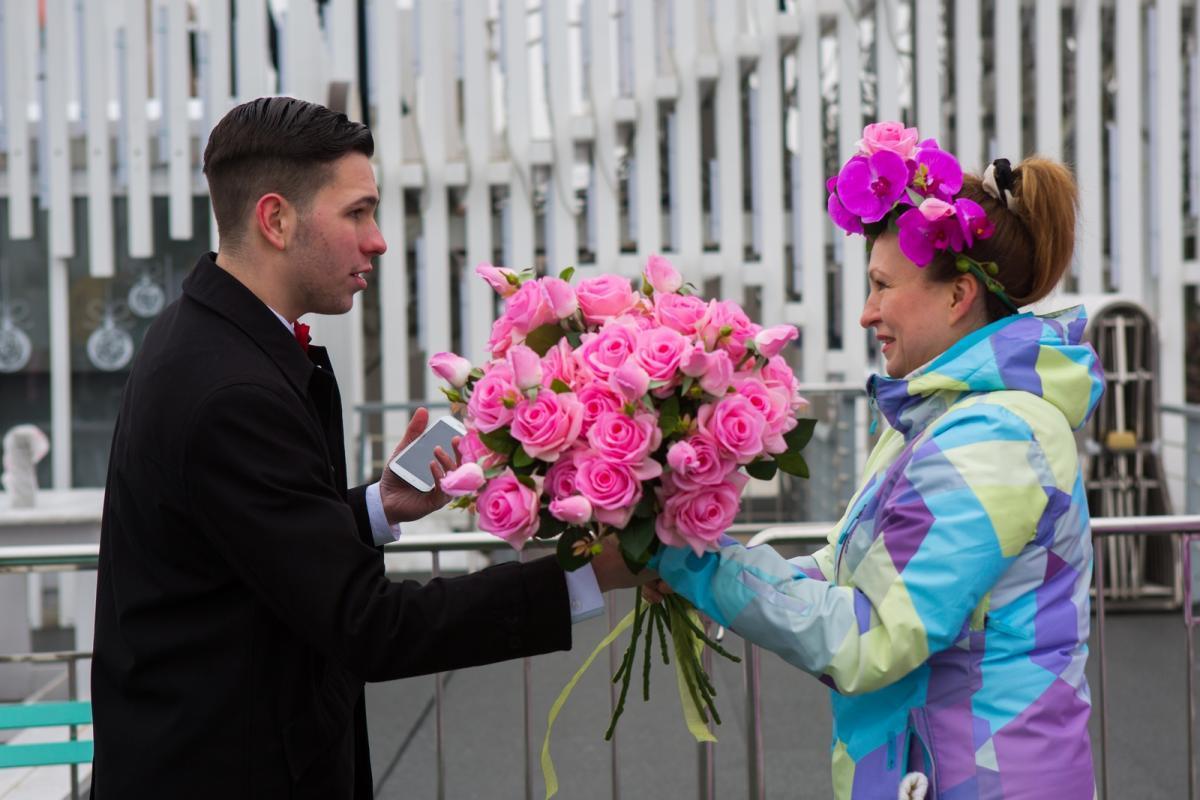 Экскурсии, фестивали, цветы и добрые дела: ВДНХ приглашает отметить Международный женский день