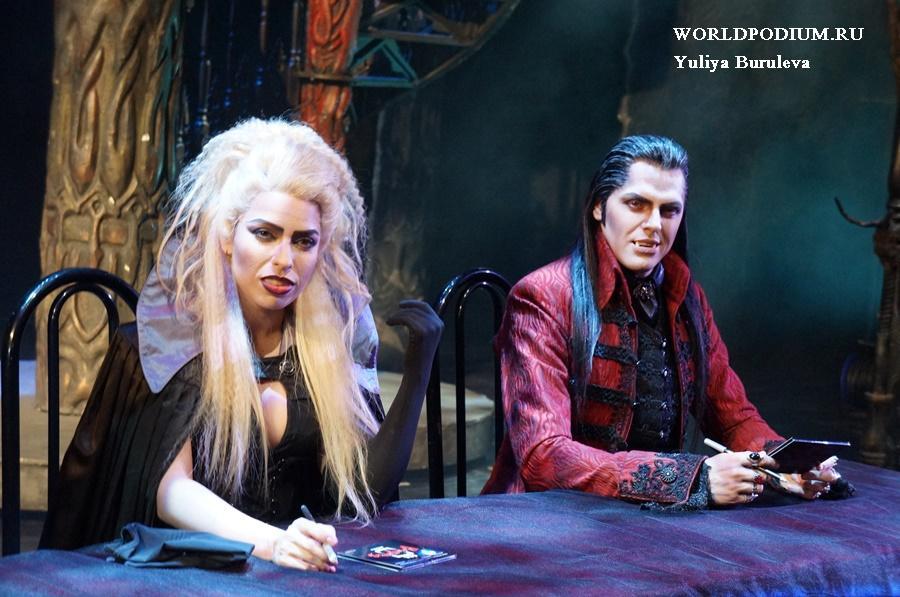 «Бал вампиров» в честь юбилея устроил праздник для зрителей!