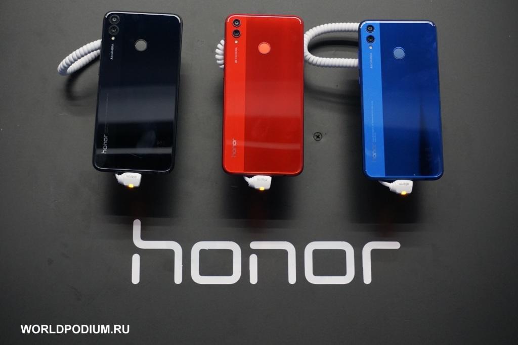 Honor представил доступный смартфон Honor 8X с премиальными функциями
