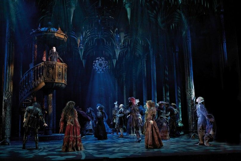 В Москве завершился кастинг в культовый мюзикл «Бал Вампиров»