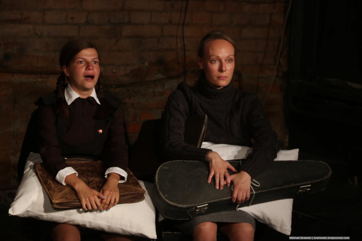 В репертуар Театра.doc вернулся  спектакль «Штирлиц идет по коридору. – По какому коридору? – По нашему коридору…»