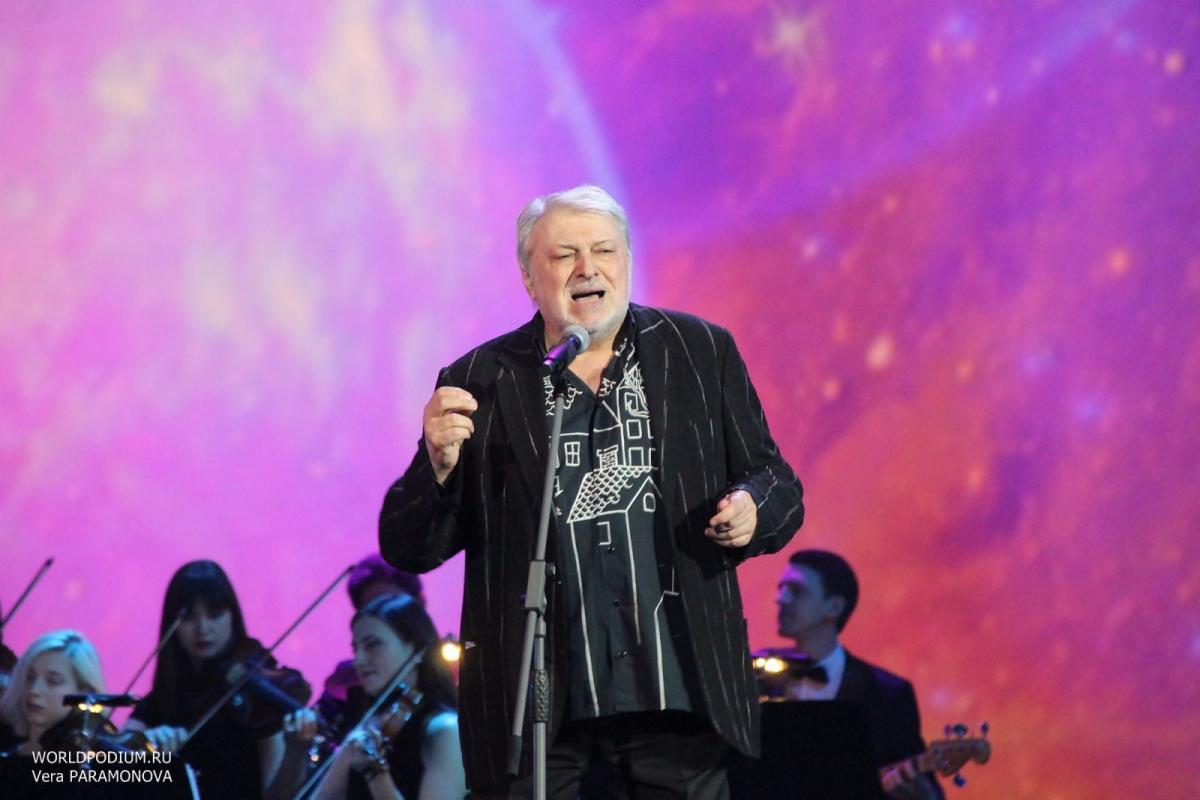 «Не забывайте друзьям всегда о главном говорить!»: Вячеслав Добрынин отмечает юбилей