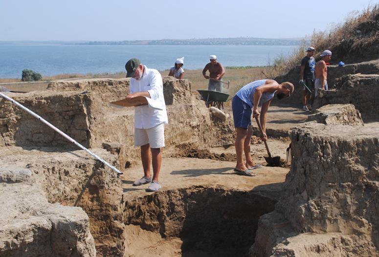 На Кубани найдена стела персидского царя Дария