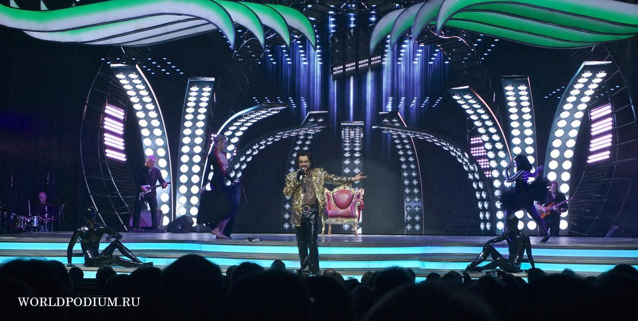 """Триумфальное шествие по Германии шоу """"Я"""": HAMBURG"""