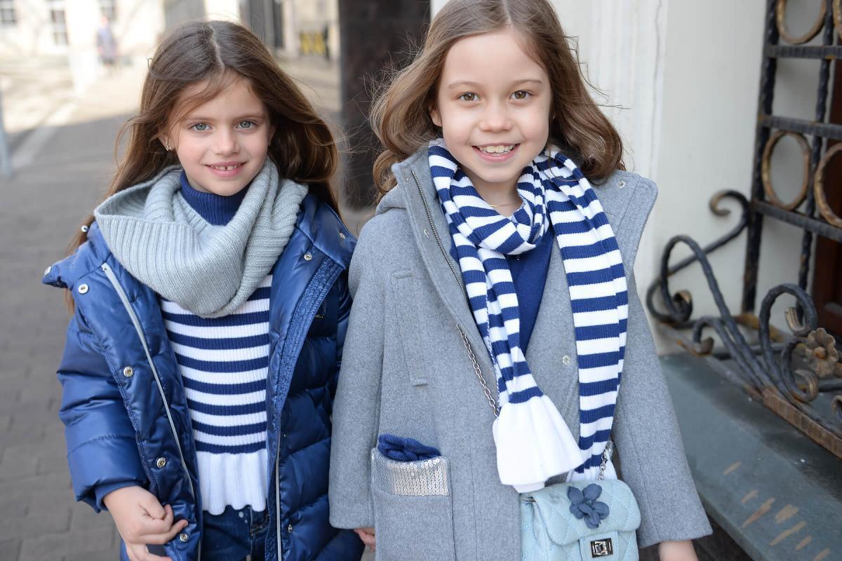Благородный синий: модные тренды в новой коллекции от Gulliver для девочек