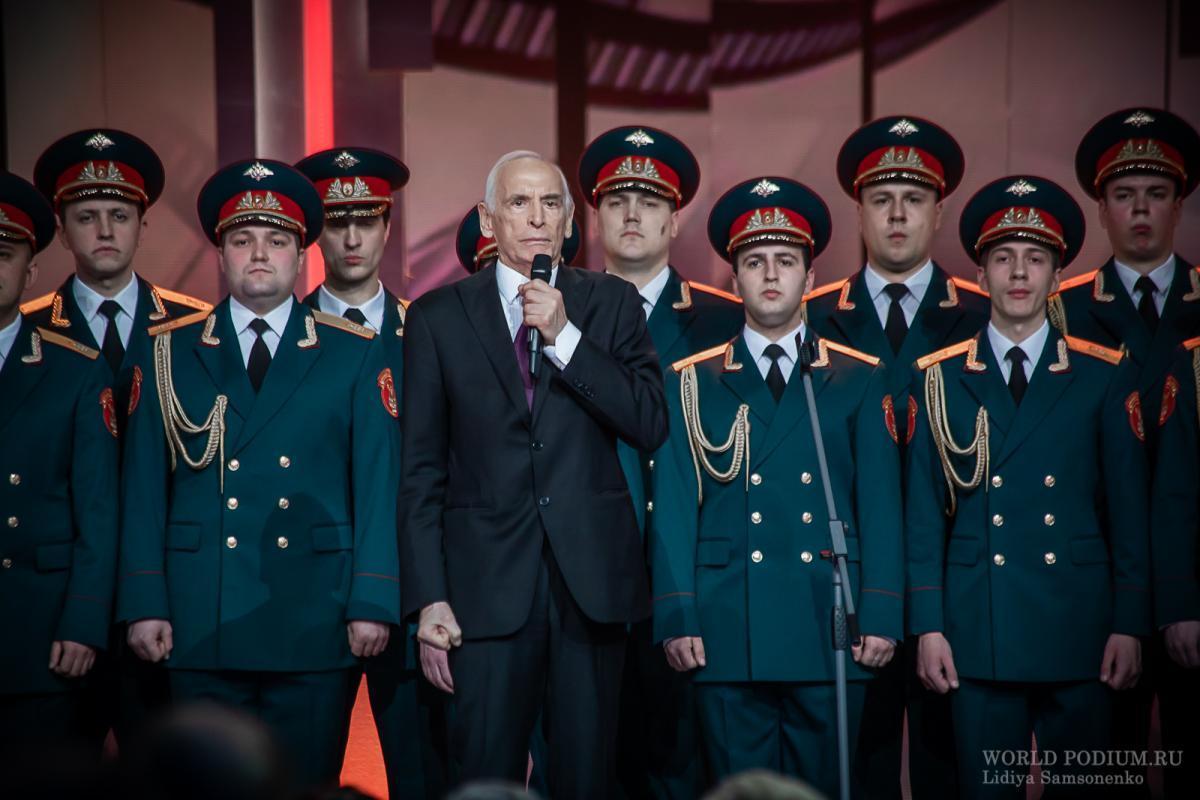 Юбилейный вечер Василия Ланового показал канал Россия 1.  Фоторепортаж из Кремля.