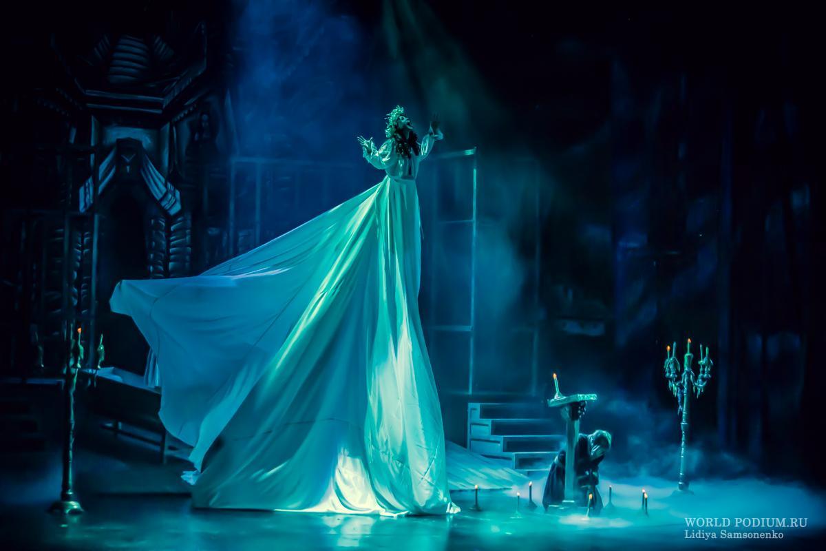 «Кто проклятье шлёт вместо молитвы, проиграет тот с нечистью битву…» Мюзикл «Вий» представлен в Москве!
