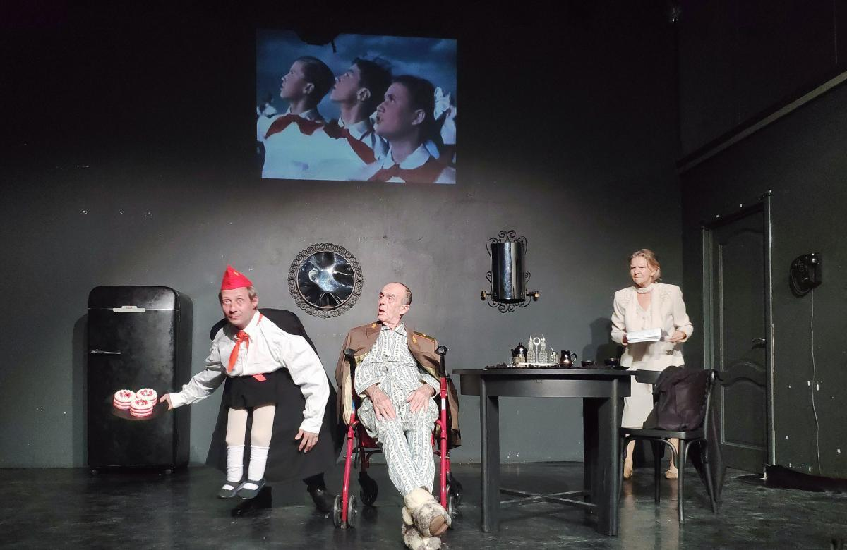В Театре.doc премьера спектакля по пьесе Виктора Шендеровича «Сладкое для памяти»