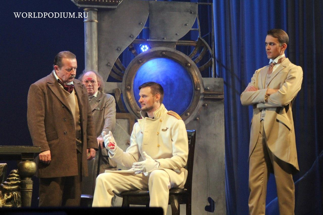 «Приключения Фандорина» на борту «Левиафана» в Московском Губернском театре