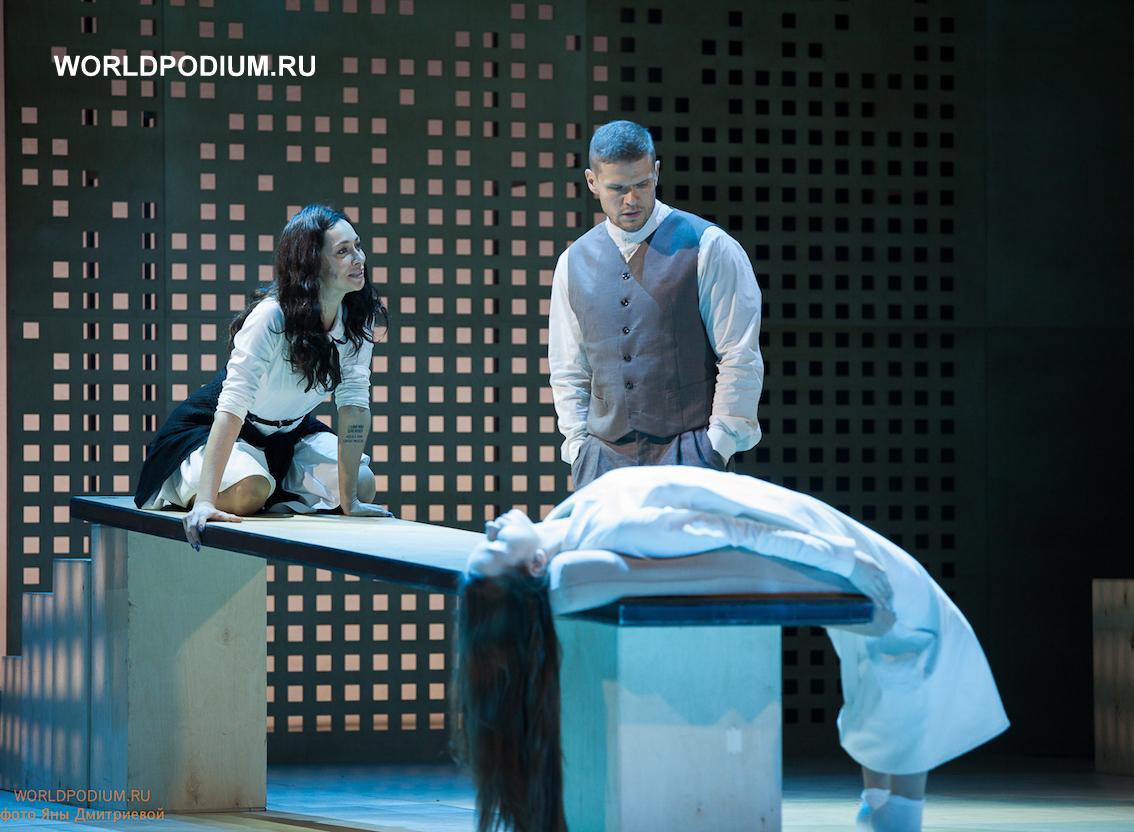 Спектакль «Салемские ведьмы» Сергея Голомазова вошёл в лонг-лист национальной театральной премии «Золотая маска»