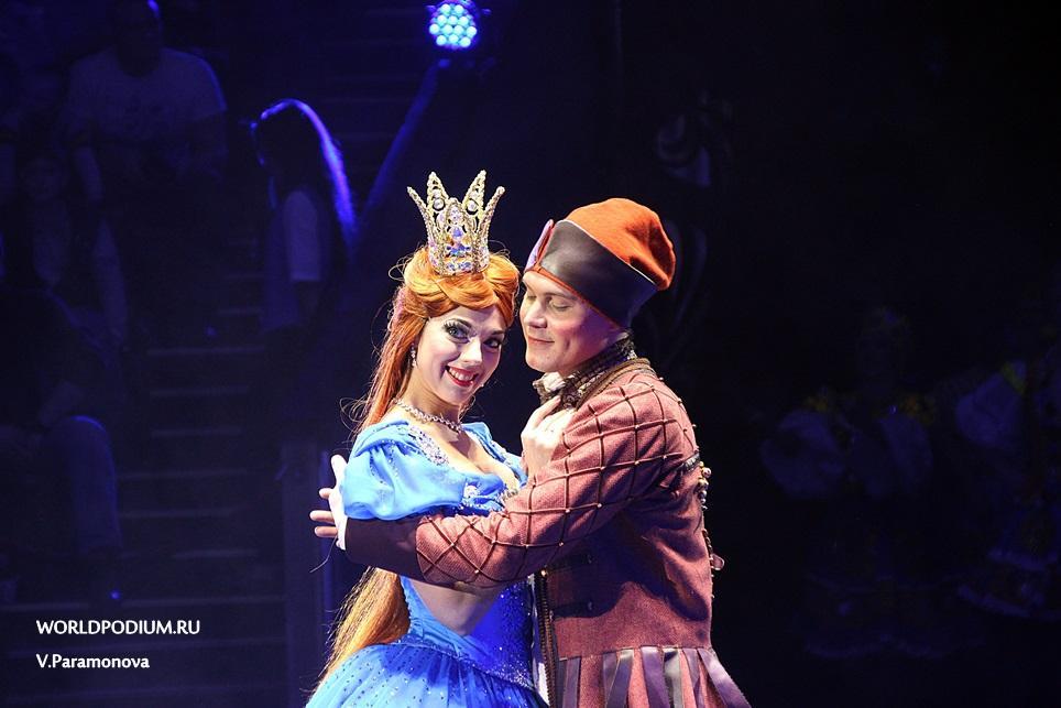 «Царевна-Несмеяна» и другие жители сказочной страны поселились в Большом Московском цирке!