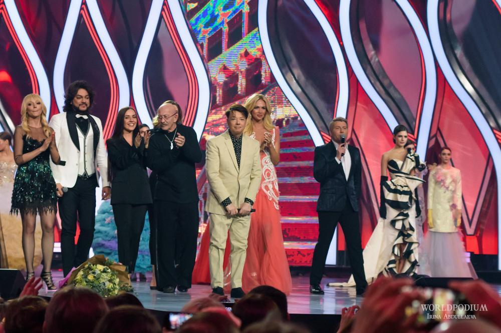 «Лучший наряд для каждой женщины - Счастье!», - традиционное шоу Валентина Юдашкина в Кремле!