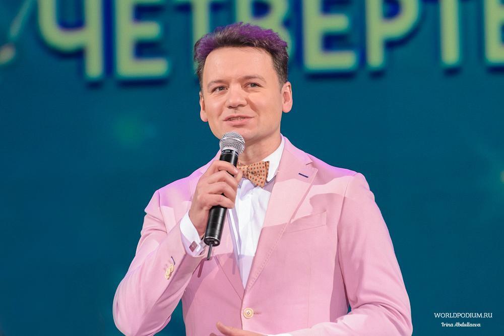 Александр Олешко приглашает на «Цветик-семицветик!»