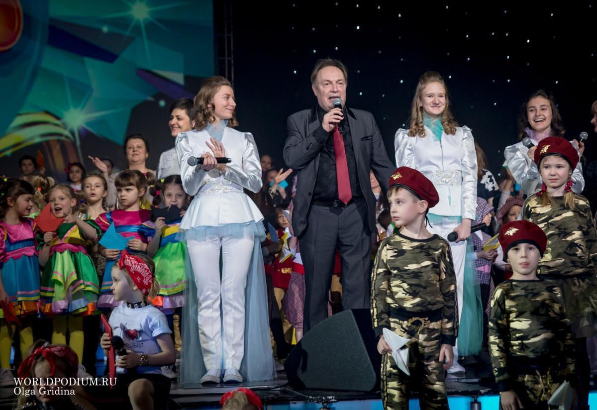 """Детский музыкальный театр """"Домисолька"""" участвует в конкурсе патриотических песен"""