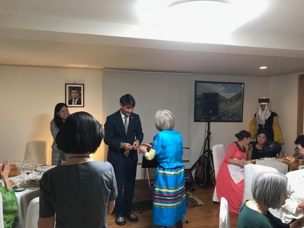 Посольство Киргизии в Японии провело семинар по культурному наследию