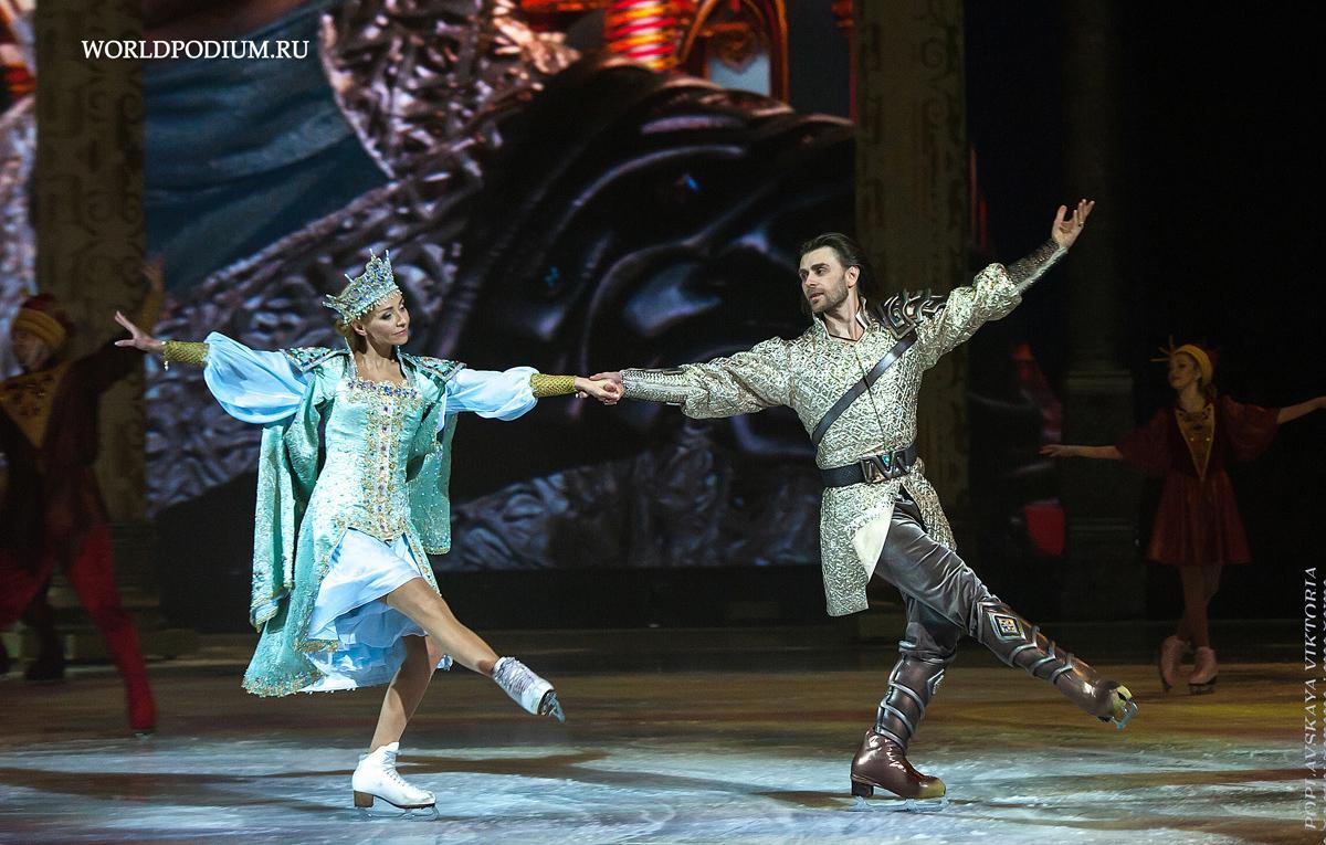 «Путешествие в Рождество» приглашает на премьеру ледового балета  и предлагает зимние развлечения в Новогоднюю ночь и в дни каникул