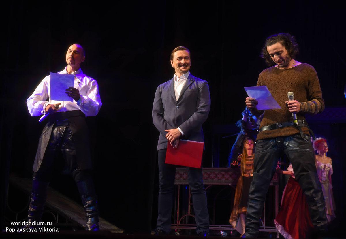 Премьеры, гастроли, фестивали, гасконцы, новобранцы и медали… Московский Губернский театр открыл сезон!