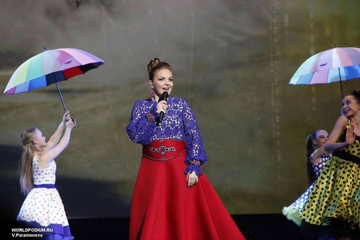 Юбилейный концерт Марины Девятовой в Кремле -  «Зорька алая!»