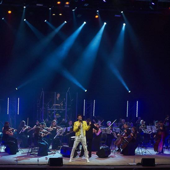 Лучшие хиты Queen и Scorpions представят на сцене Crocus City Hall в новом трибьют-шоу в сопровождении симфонического оркестра