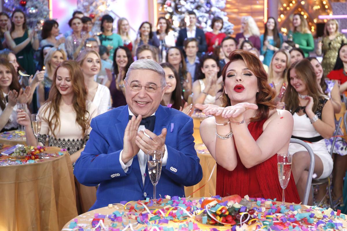 «Новогодний голубой огонек» и «Новогодний парад звезд» на «России 1»