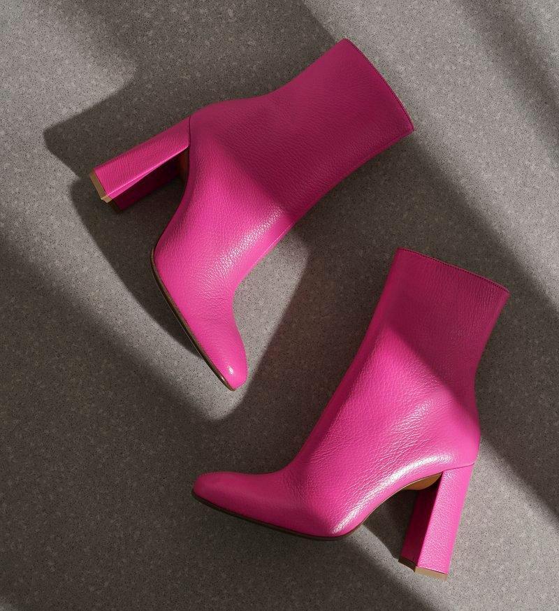 Чтобы каждый день был ярким: обувь «взрывных» оттенков